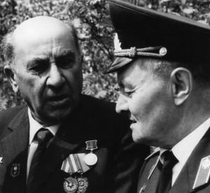 П.Я.Колычев (справа) и Г.А.Шадунц (слева)