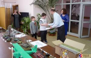 Вручение памятных дипломов и подарков от ООО «Звезда»