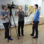 "Интервью для ТРК ""Лобня"" даёт директор МКУ ""Художественная галерея"" г.Лобня М.А.Черчинцев"