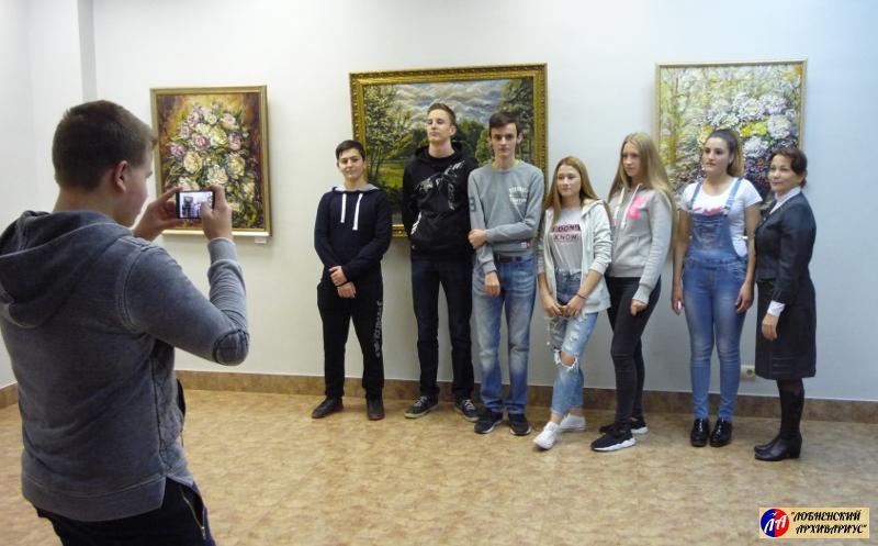 """Школьники 9 """"Б"""" класса МБОУ СОШ №8"""